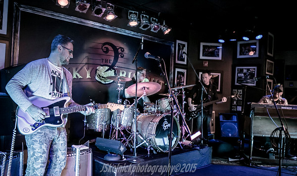 1/4/15 Dragon Smoke at the Biscuit featuring Eric Lindell, Stanton Moore, Ivan neville, Rob Mercurio