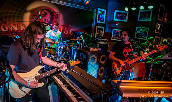1/11/16 Electric Kif at the Biscuit