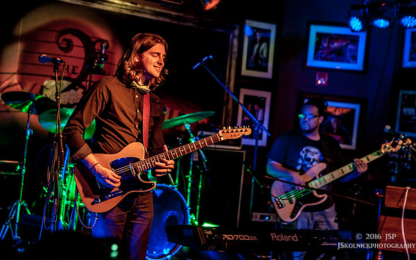 1/9/16 Focus on The Wild Roots  - Victor Wainwright and the Wild Roots at the Funky Biscuit