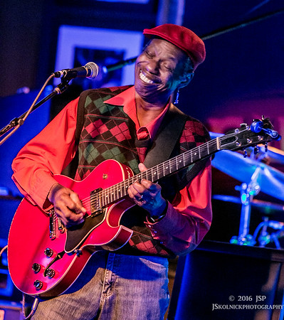 3/4/16 Walter Wolfman Washington at the Funky Biscuit
