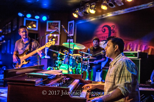 1/21/17 Matt Farr Band at the Funky Biscuit