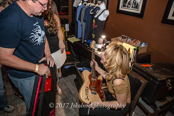 3/10/17 Samantha Fish Fun with Fans at the Funky Biscuit