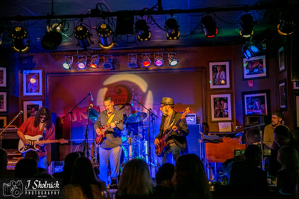 12/18/17 Mon Jam at The Biscuit Biscuit all Stars and Frank Ward set