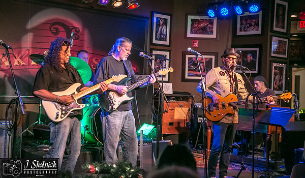 12/4/17 Mon Jam at Biscuit All Stars plus jammers