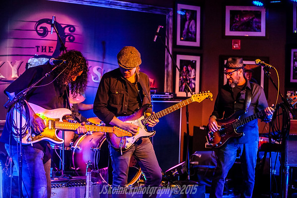 1/5/15 Mon Jam  /House band / host Mark Telesca and guest Matt Schofield with Drew Preston, Colin James and many more