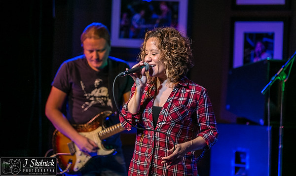 3/12/18 Mon Jam feat artist Christine Tambakis with Matt Schofield and Biscuit Allstars