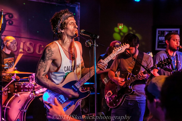 2014 1/10 THE REVIVALISTS AT THE FUNKY BISCUIT