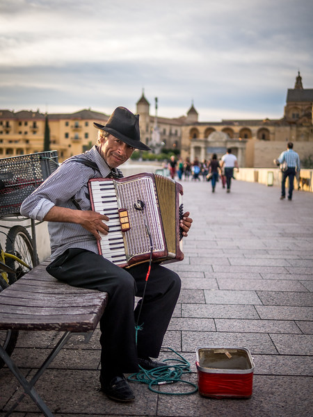 Accordian Player, Córdoba
