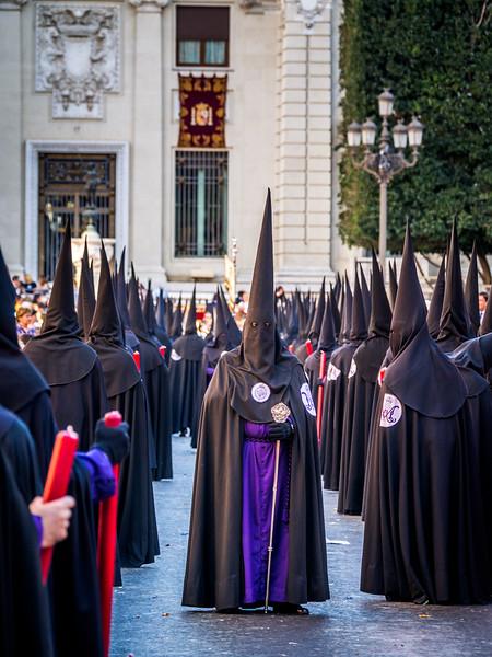 The Men in Black, Seville