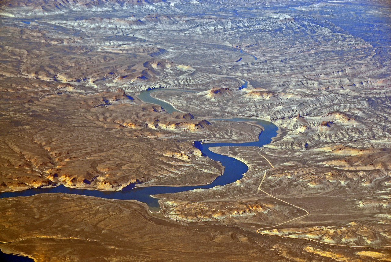 """Bird's eye view of sites surrounding the Grand Canyon"