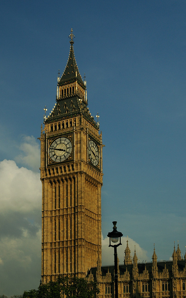Big Ben chiming the time and accurately keeping the time
