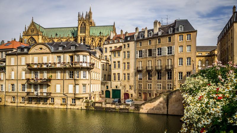 Riverside, Metz