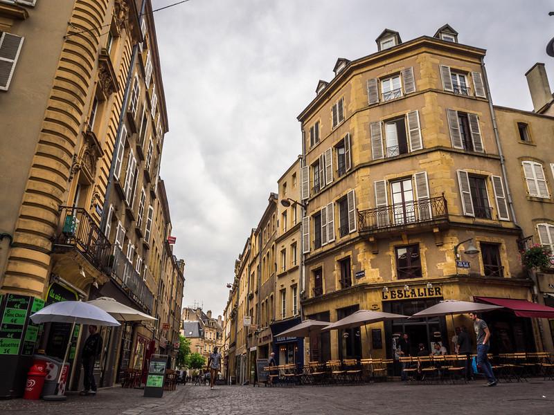 L'Escalier, Metz
