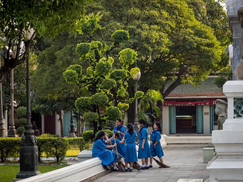 Schoolgirls at Wat Ratchabophit, Bangkok