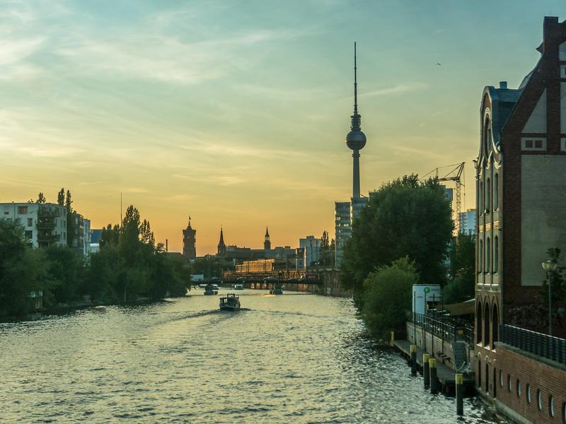 Sunset on the Spree, Berlin