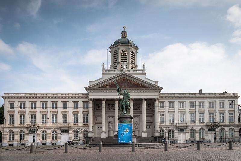 Grondwettelijk Hof van België, Brussels