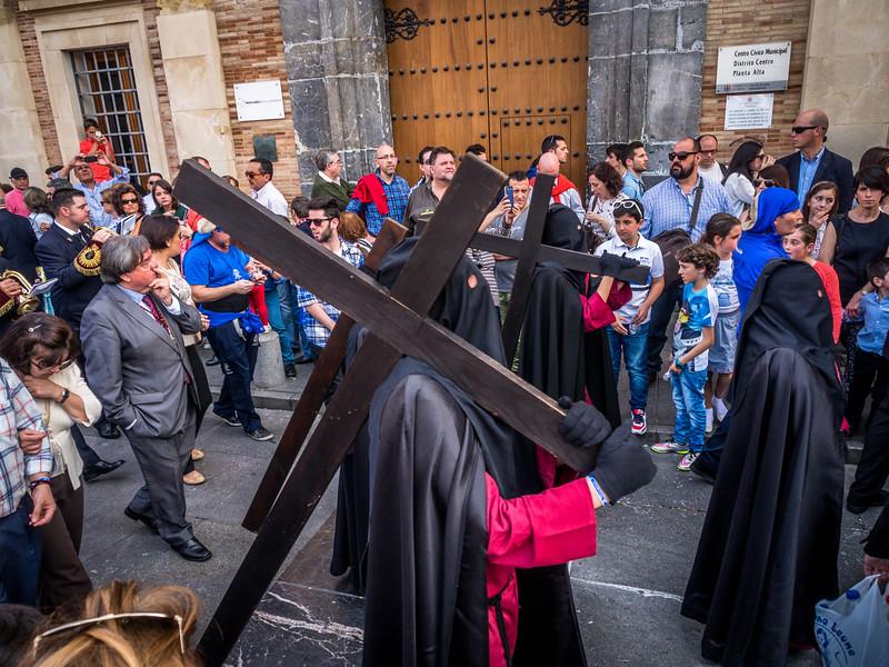 Penitentes Bear Their Crosses, Córdoba