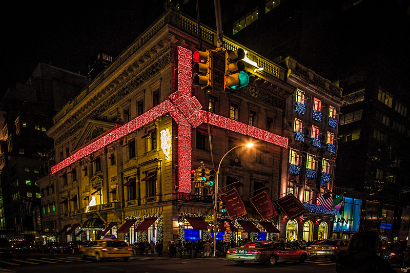 Cartier on Fifth Avenue at Christmas
