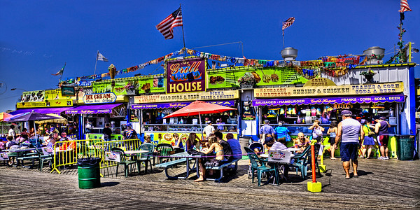 The Grill House On The Boardwalk