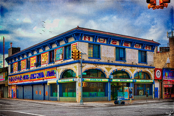 Coney Island Museum, Surf Avenue