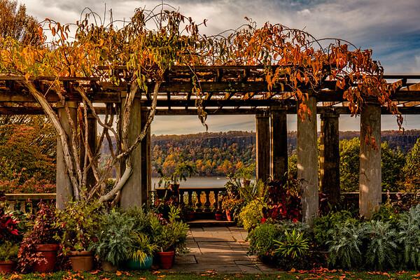 Garden Gazebo And The Palisades