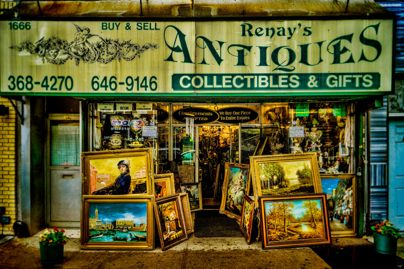 Renay's Antiques