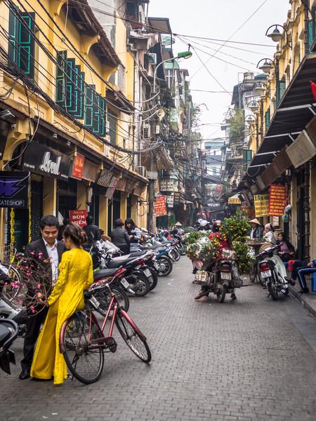 I Wore the Yellow Dress Anyway, Hanoi