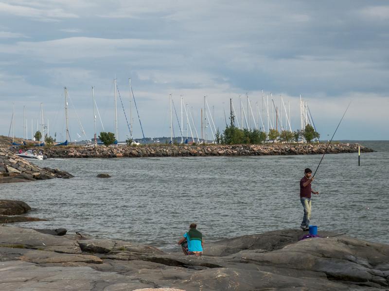 Fisherman on the Rocks, Helsinki