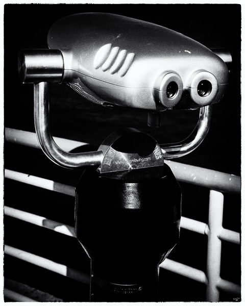 Hi-Spy Viewing Machine