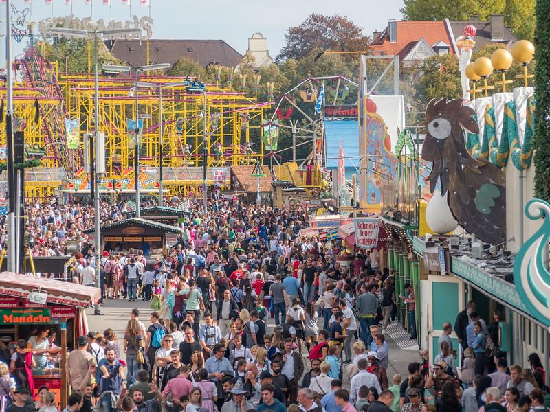 The Chicken Is Always Watching, Oktoberfest, Munich