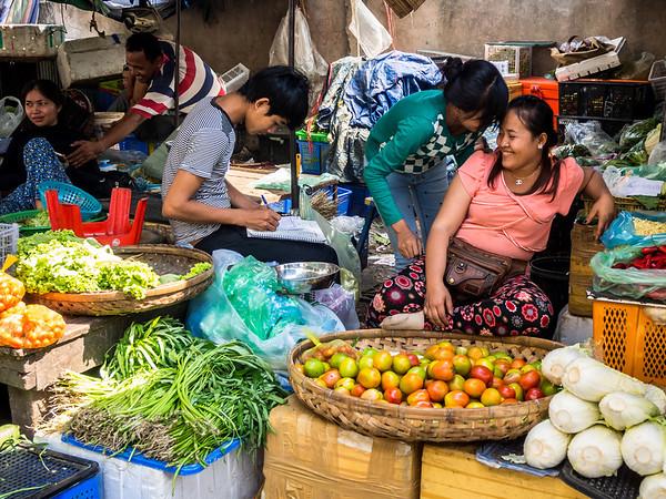 Market Gossip, Phnom Penh, Cambodia