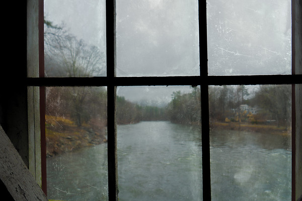 Window On The Housatonic River
