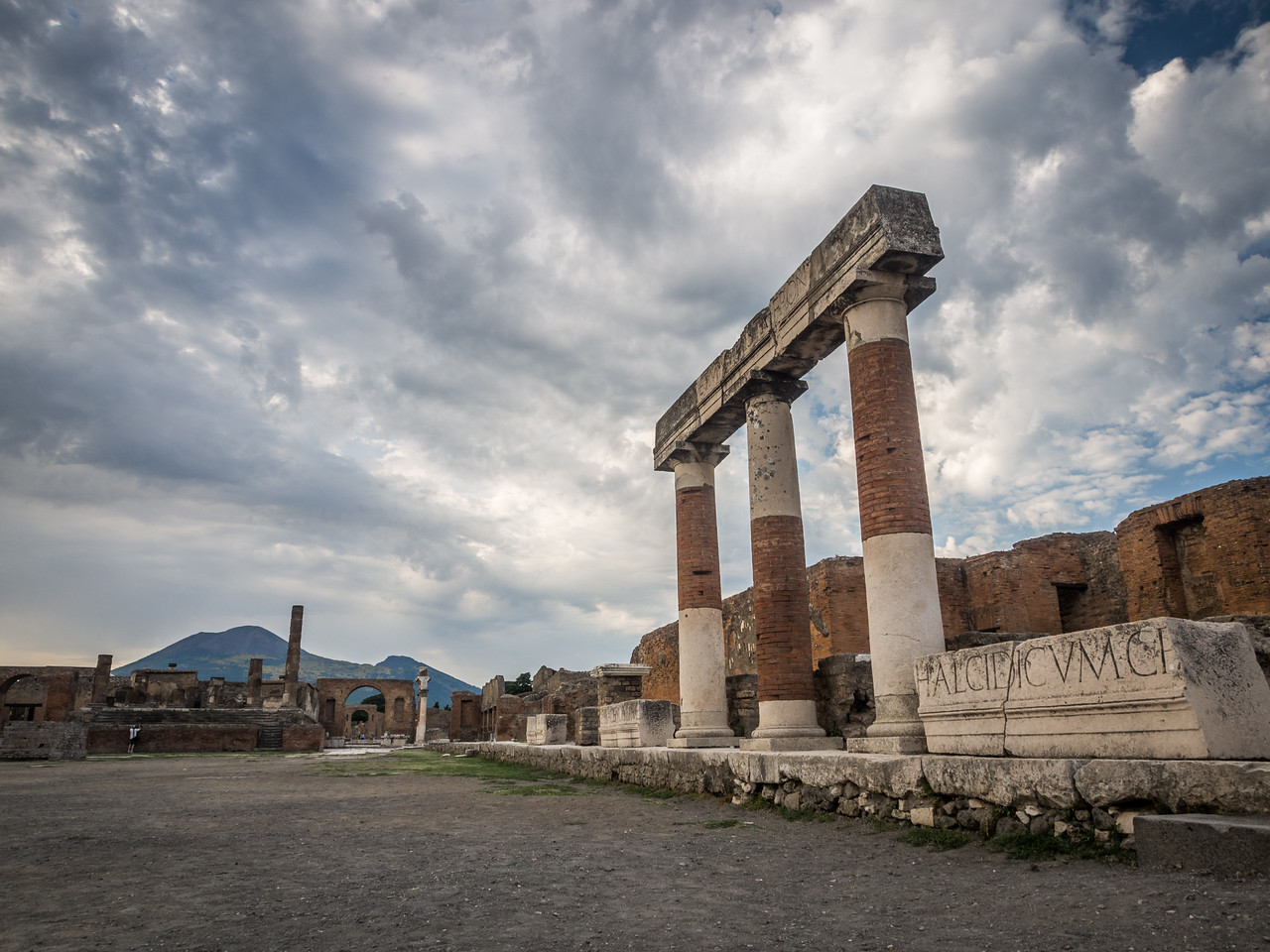 Pillars of Ruin, Pompeii, Italy