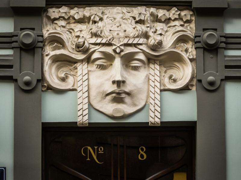 No 8, Riga