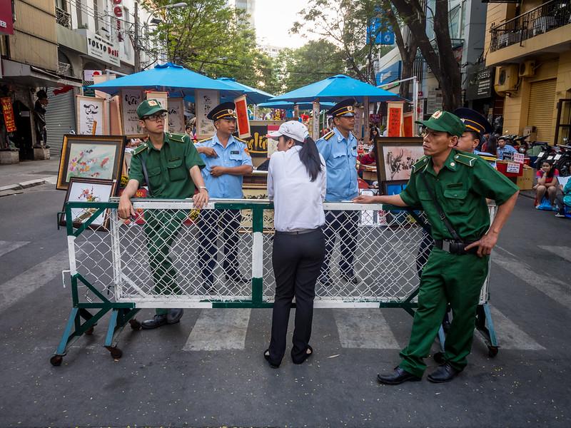 Lazy Blockade, Saigon