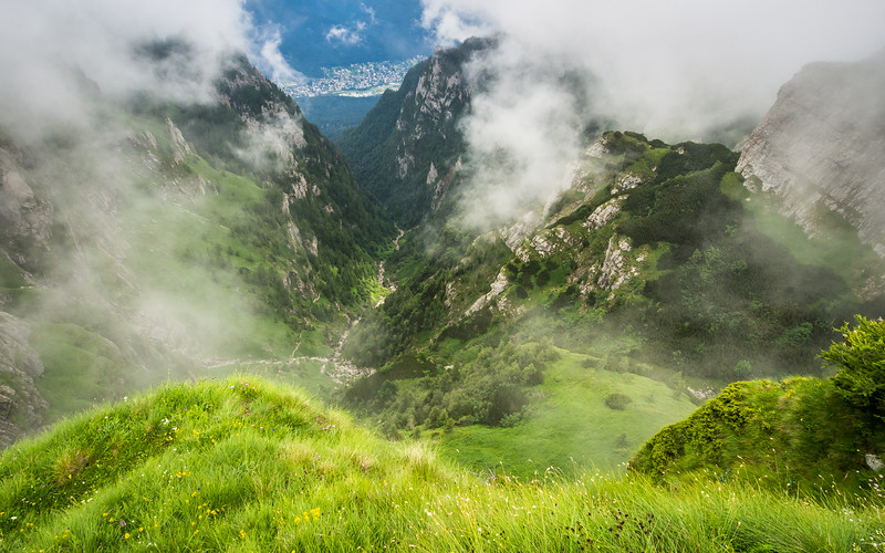 Down in the Valley, Bucegi