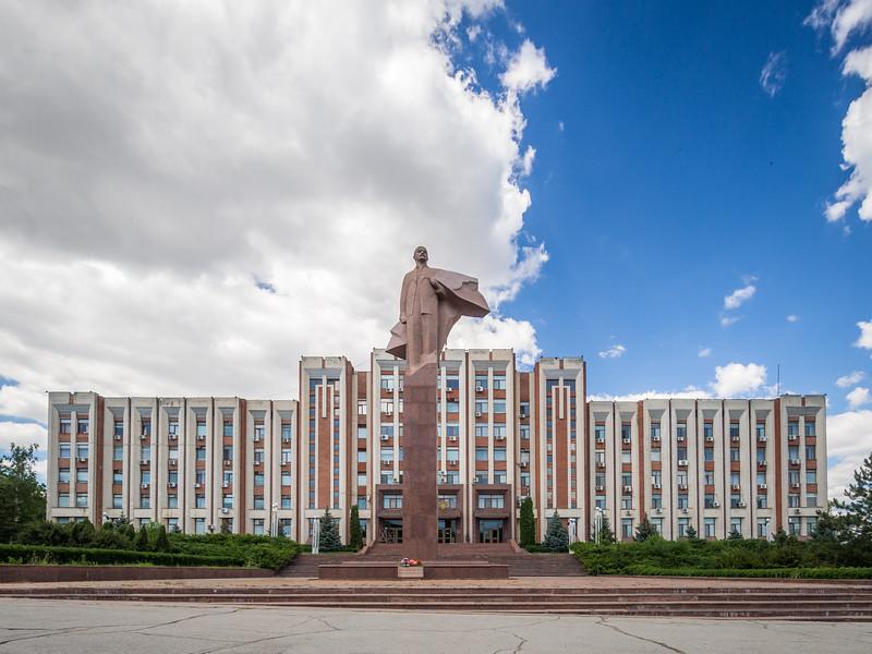 The Parliament and Lenin, Tiraspol, Transnistria
