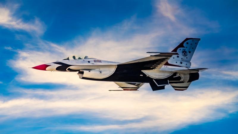 Thunderbird F-16