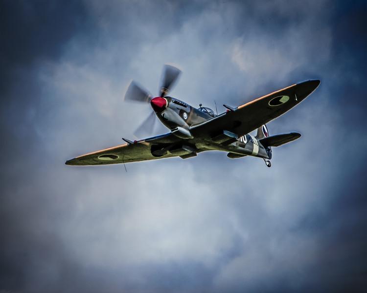 Spitfire IX SL633