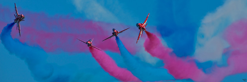 The Red Arrows Put On A Show