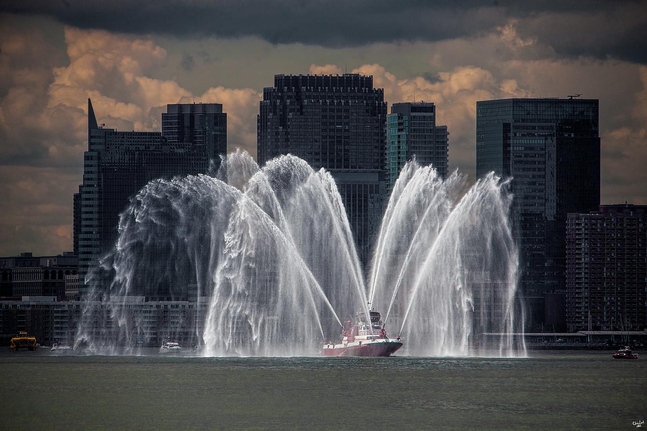 The NYFD Fireboat Escort