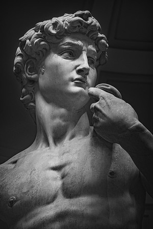 David By Michelangelo Scupture In Florence