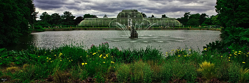 Kew Gardens On A Wet Day