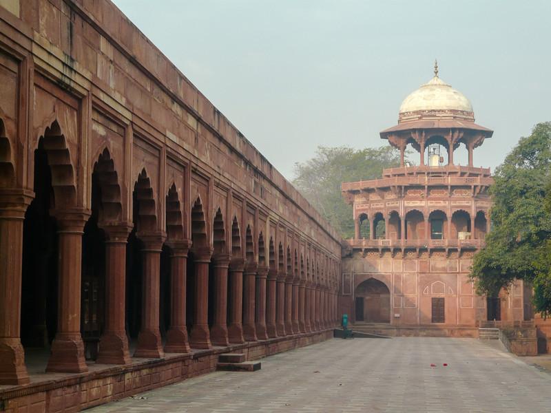 Along the Inner Wall of the Taj Mahal, Agra