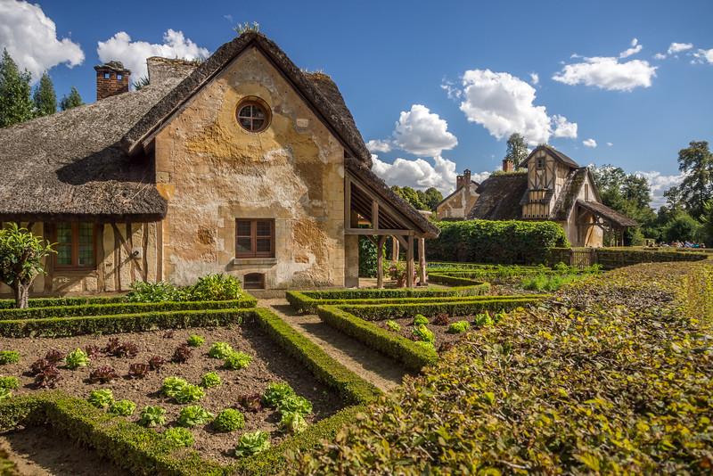 Village Gardens, Versailles