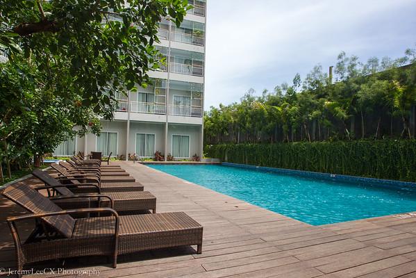 Holiday Inn Express Bali Raya Kuta - Swimming Pool