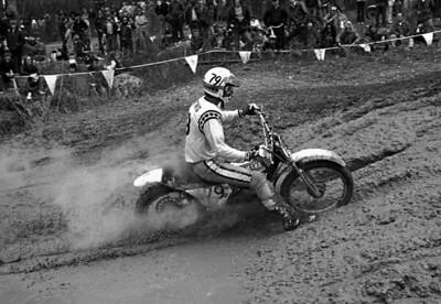 Mike Hartwig (79) Team Yamaha OW360