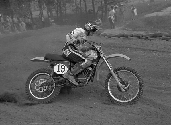 Jimmy Ellis, factory Can-Am 250