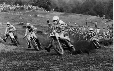Kent Howerton (1) leads the 1977 Unadilla 250cc USGP.