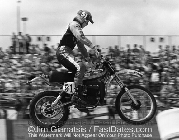 Marty Moates on an  Ossa 250cc with Fox Airshox, 1977 Daytona Supercross